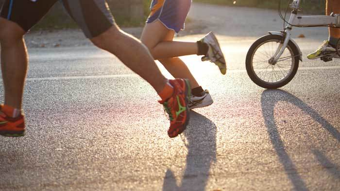 benefits of cycling vs running