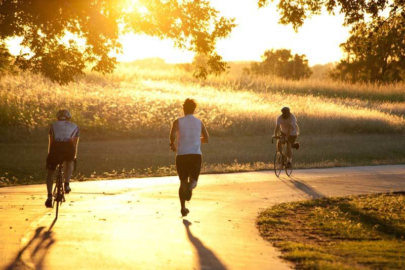 Cycling vs Running | Which One You Should Pick For Your Fitness?